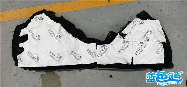 8.使用大白鲨波浪棉对叶子板做吸音处理,从而切断了路噪和胎噪的传播路径。.jpg